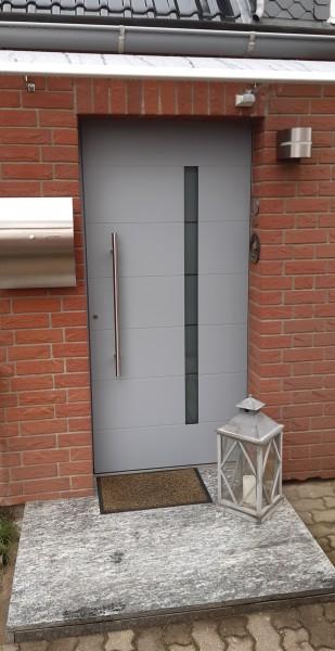 Aluminium-Haustuer-Fenstergrau-RAL-7040